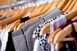 cum sa faci ordine in dulapul cu haine