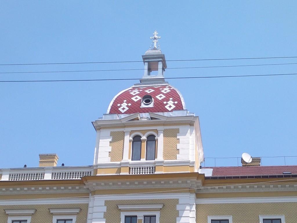 acoperis colorat in cluj
