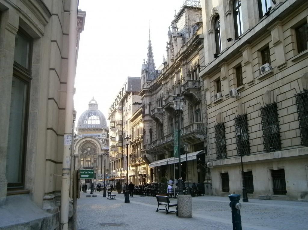 centrul vechi, vedere spre palatul CEC