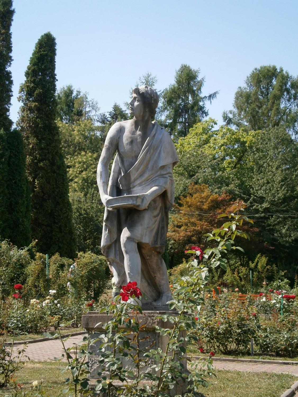 statuie-gradina-botanica-cluj-3