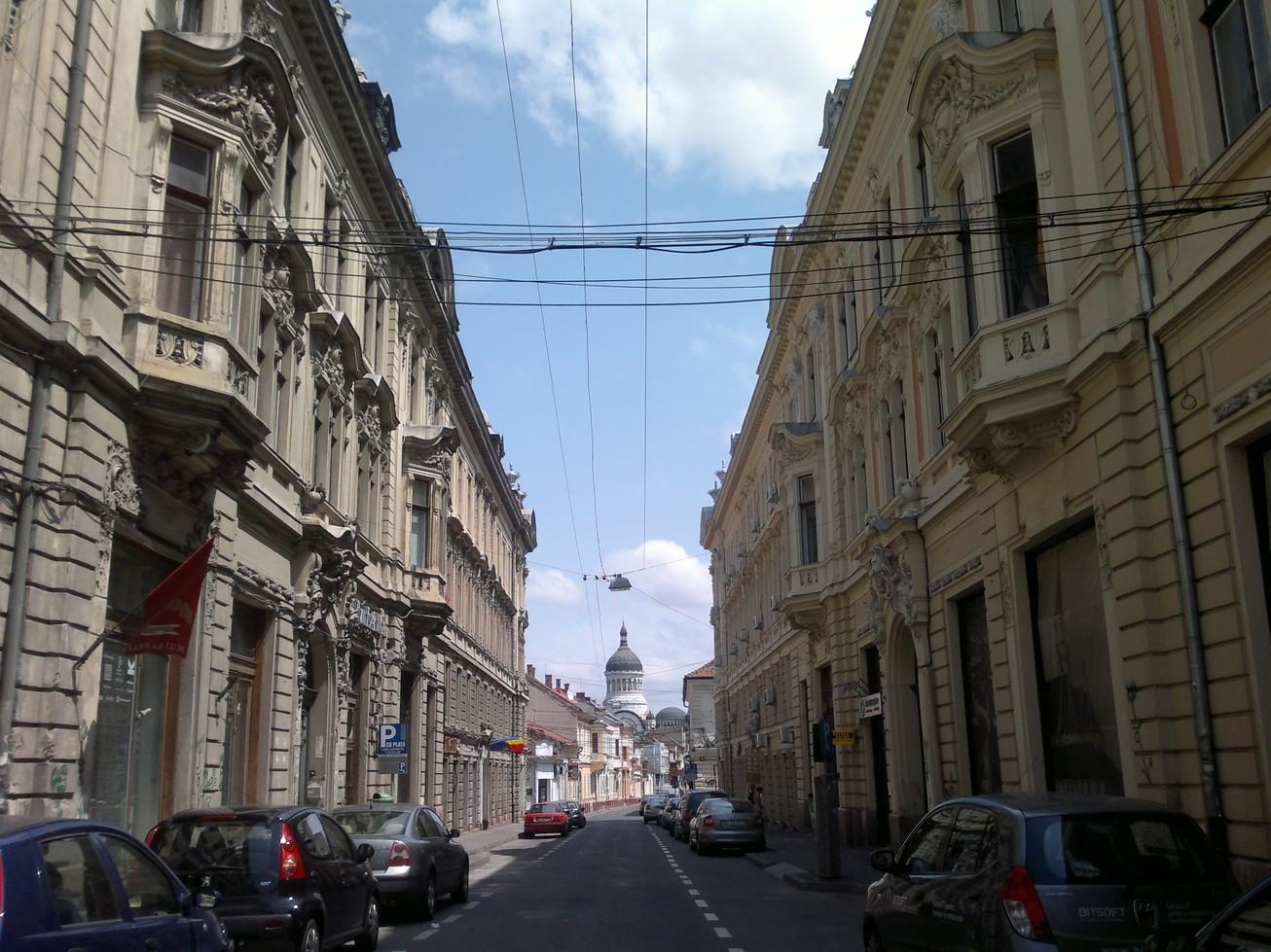 strada in oglinda Cluj