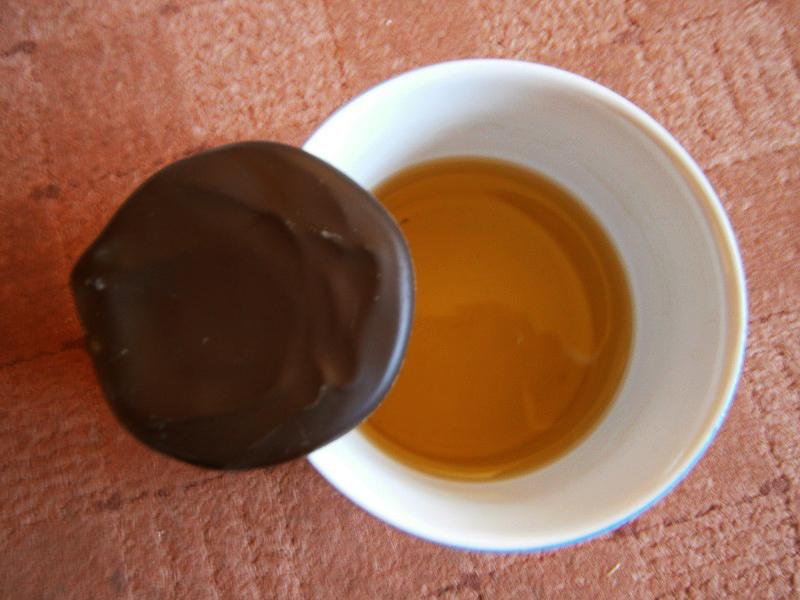 ceai si ciocolata