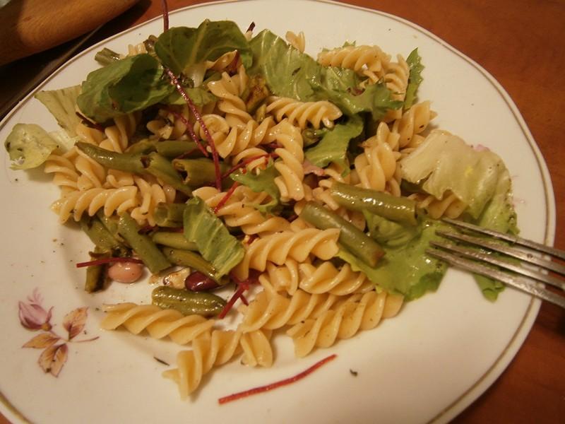 salata de pastai cu paste