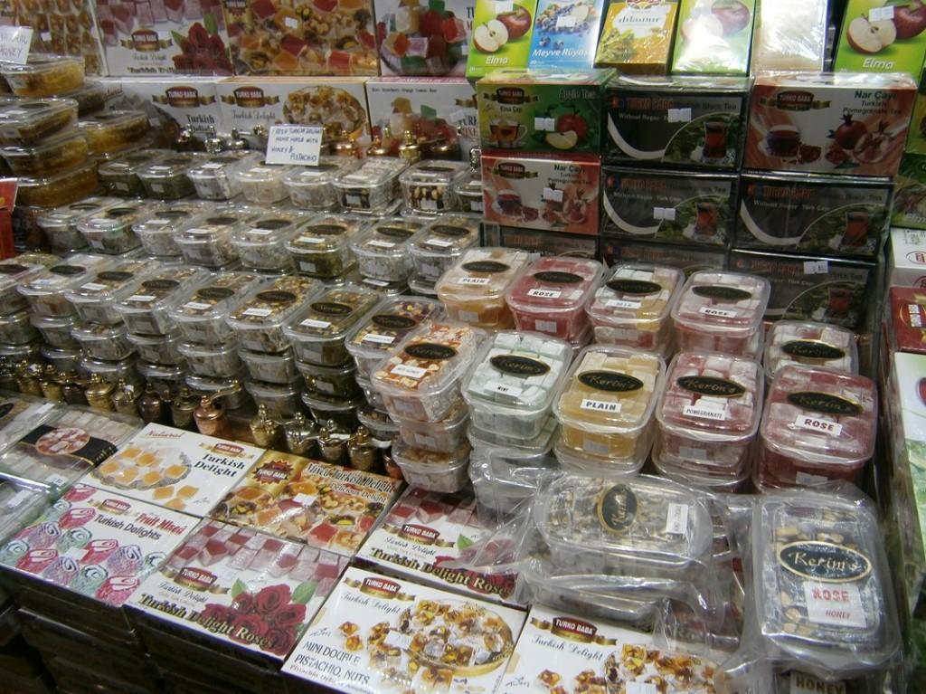 lokum-si-ceai-in-marele-bazar-din-istanbul