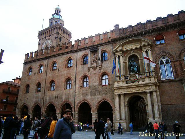 palazzo-del-comune-bologna