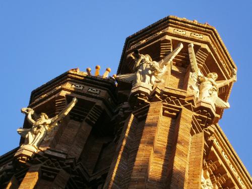arc-de-triumf-barcelona-detaliu