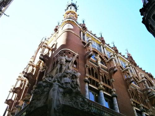 barcelona-detaliu-cladire