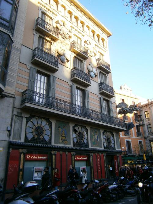 cladire-barcelona-spania