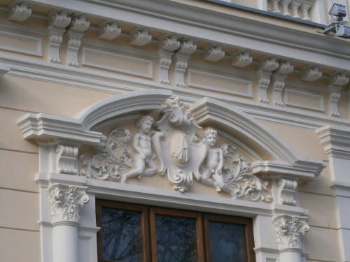detaliu-muzeul-delta-dunarii-tulcea