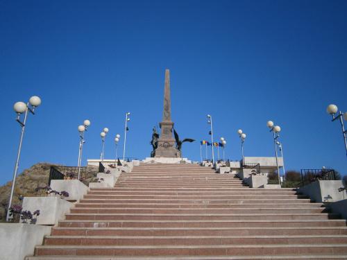 monumentul-independentei-tulcea