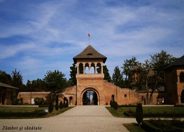 turnul-portii-palatul-mogosoaia