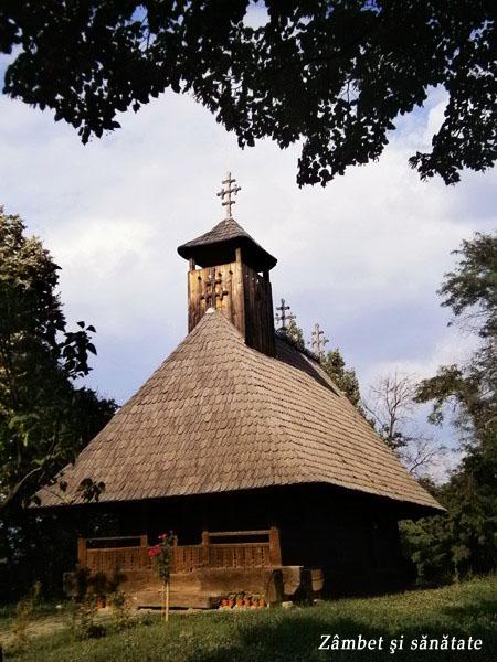 biserica-muzeul-satului