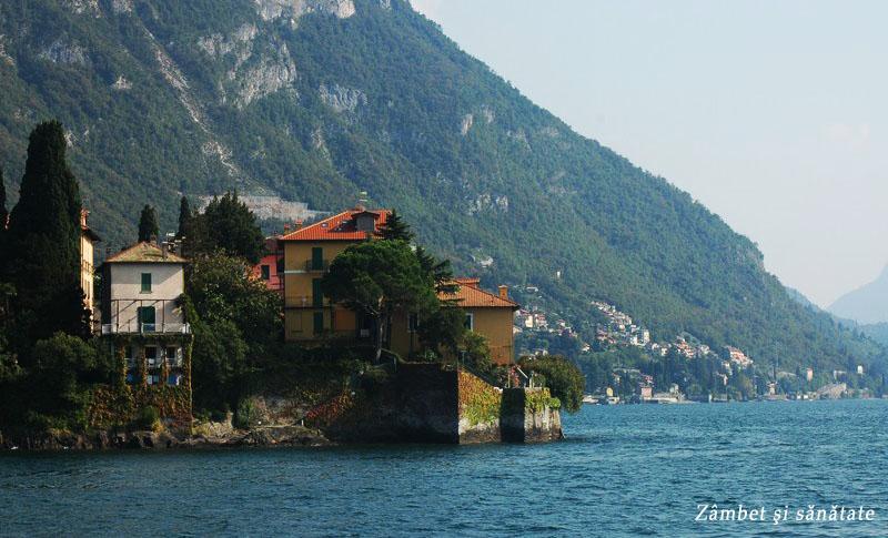 case pe malul lacului como