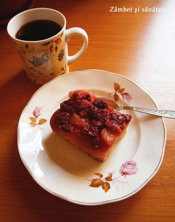 ceai-si-tarta-cu-zmeura-frufru