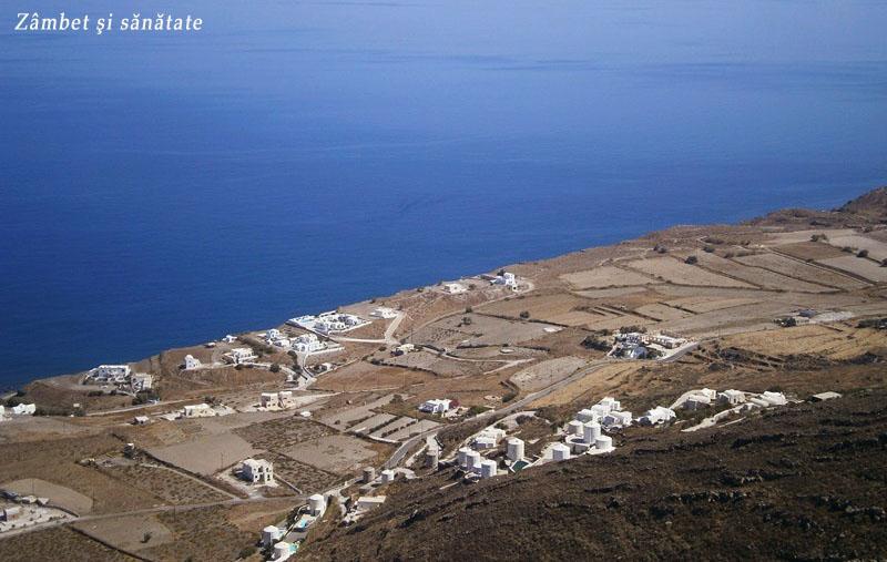 insula-santorini-vedere-spre-est