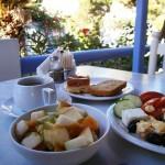 Santorini în farfurie. Bucătăria unei insule fascinante