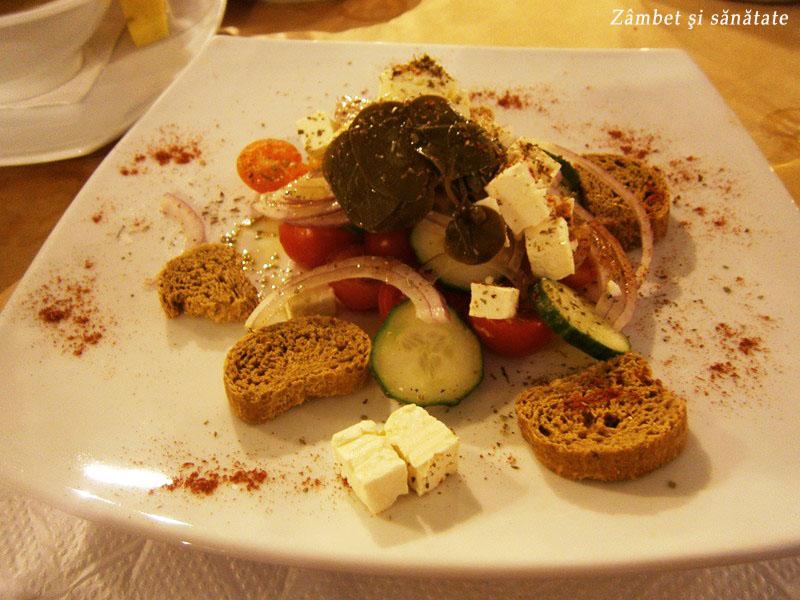 salata-cu-frunze-de-capere-santorini
