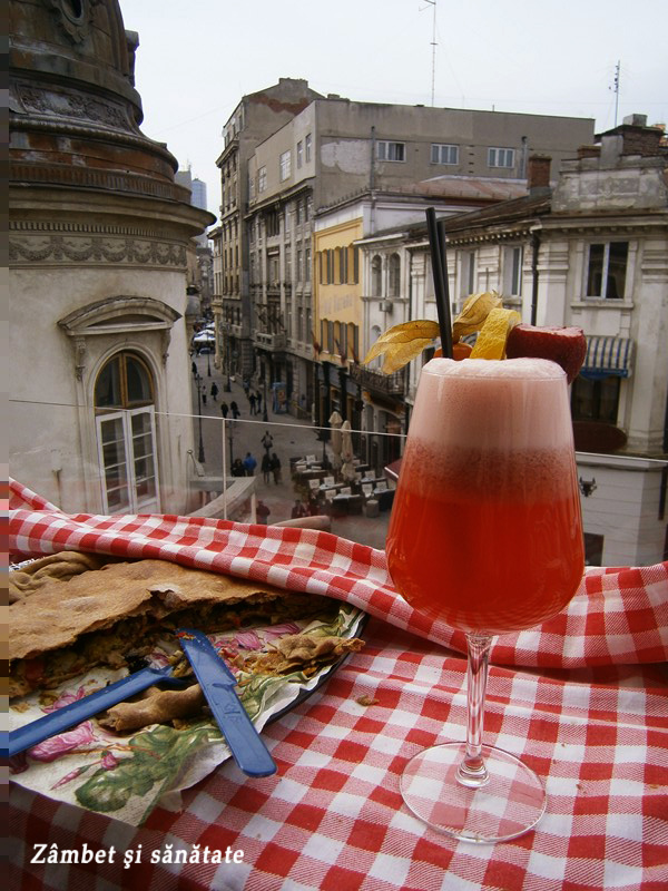 limonada-cu-capsuni-la-bicicleta