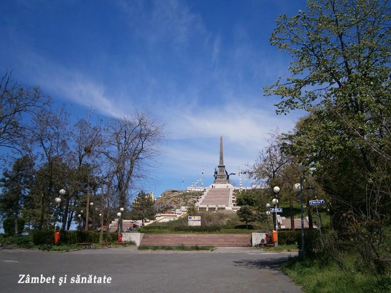 monumentul-tulcea