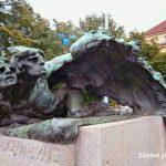 Must see în Praga: statuile