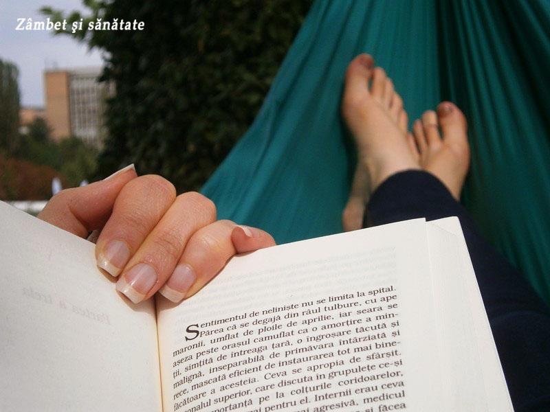 creative est gradina botanica relaxare in hamac cu carte