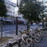 biciclete-pe-o-strada-in-paris