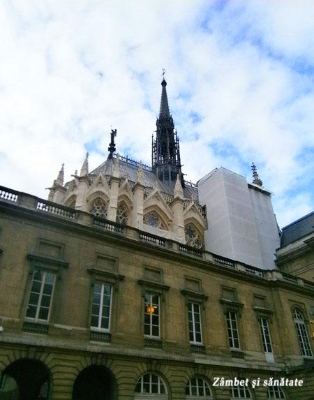 sainte-chapelle-paris-exterior