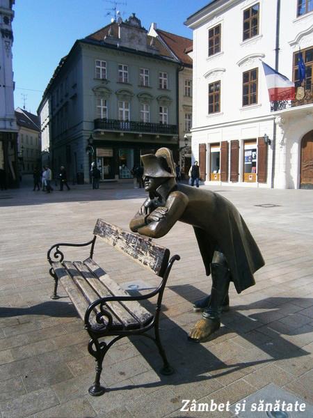 bratislava-statuie-soldat-francez