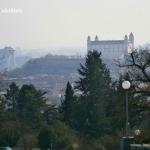 castelul bratislava vazut de la slavin