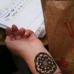 pictura-henna-bazar-arome-din-lumea-araba