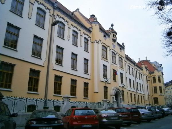scoala bratislava