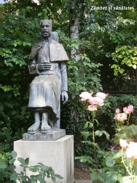 muzeul-theodor-pallady-statuie