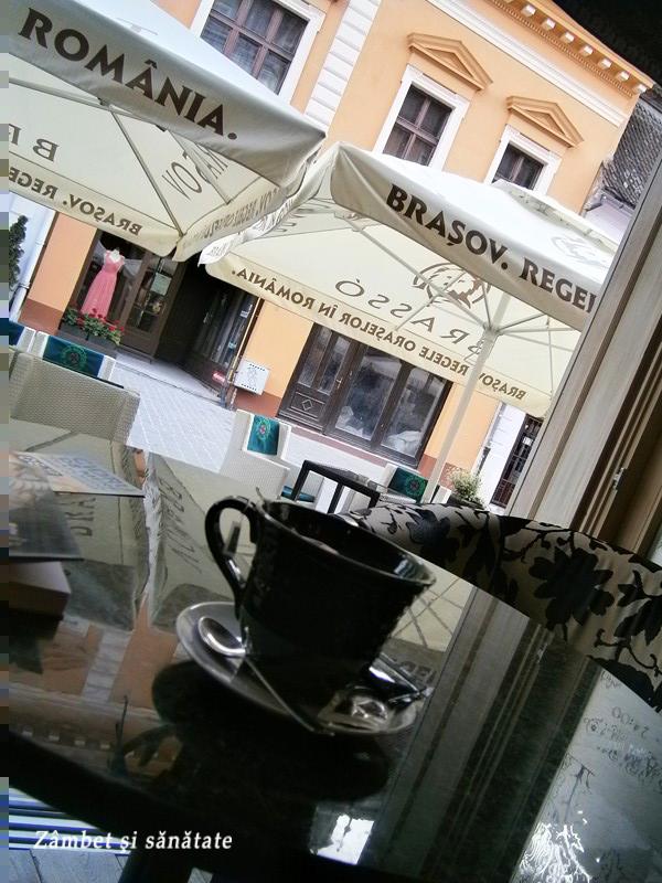 dr-jekelius-cafenea-brasov-ceai-cu-rom