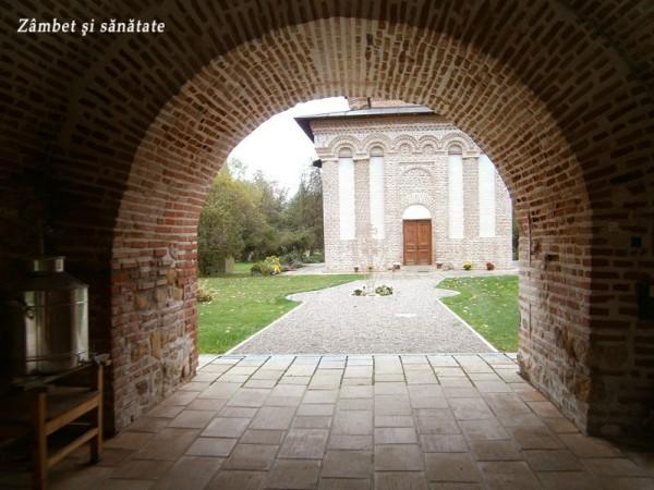 intrare-manastirea-snagov