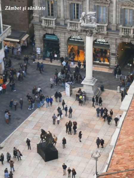 piazza-erbe-vazuta-din-turnul-lamberti