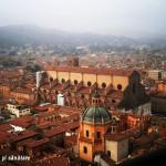 Bologna mea roşcată şi rebelă. 26 de locuri şi momente speciale (2015)