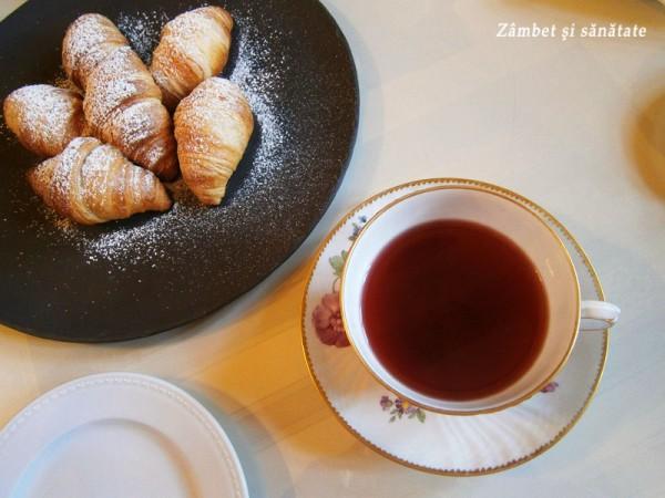 ceai-si-croissant-conacul-manasia