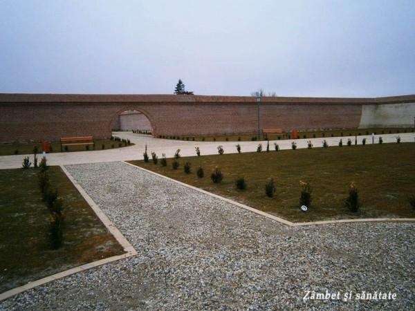 Ansamblul-Brâncovenesc-de-la-Potlogi-curte