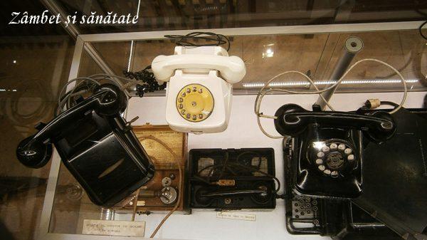 muzeul-CFR-telefoane-cu-disc