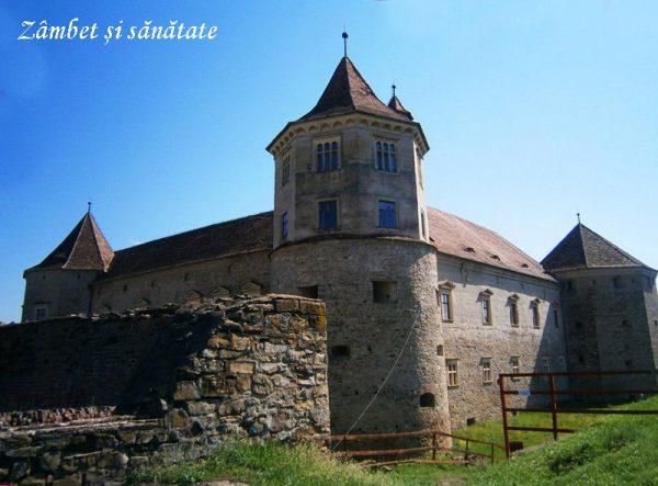 cetatea-fagaras-exterior
