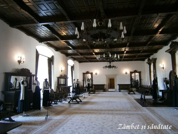 cetatea-fagaras-interior