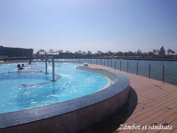 Therme piscina exterioara