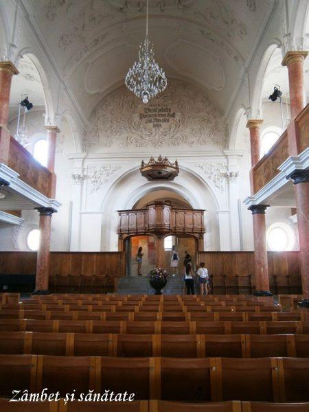 biserica-sf-petru-zurich-interior