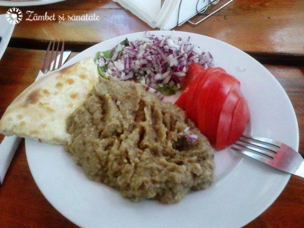 salata de vinete casa vanatorului iasi