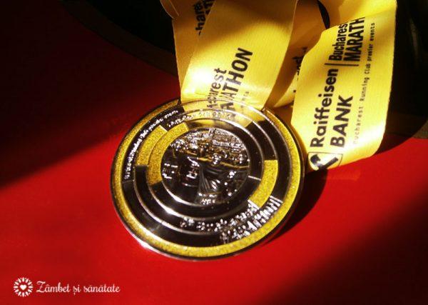 maratonul-bucuresti-octombrie-2016-medalie