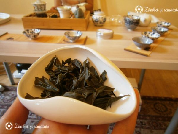 frunze de ceai dupa infuzare