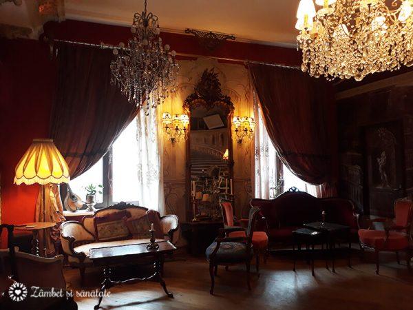 muzeul micul paris bucuresti centrul vechi