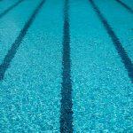 Frica de apă, înotul și micile victorii