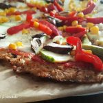 Rețetă: Pizza cu blat de conopidă (delicioasă!)
