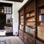 Muzeul Minovici - biblioteca
